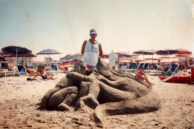 Florio con scultura di sabbia